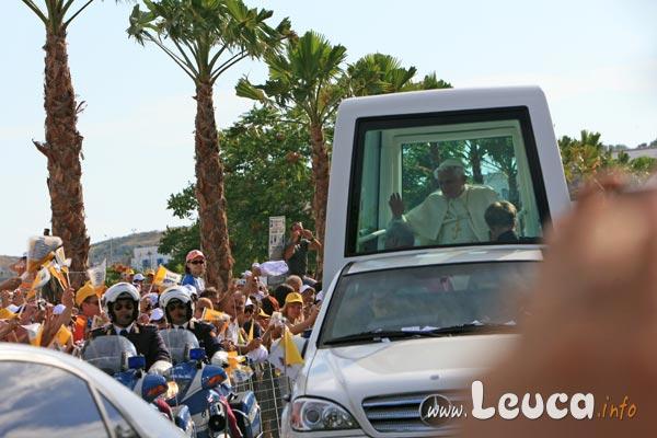 Foto del Papa Bendetto XVI in visita a Santa Maria di Leuca il 14 Giugno 2008 - Foto Antonio Schina