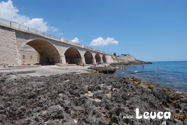 Foto ponte con scalo di Santa Maria di Leuca